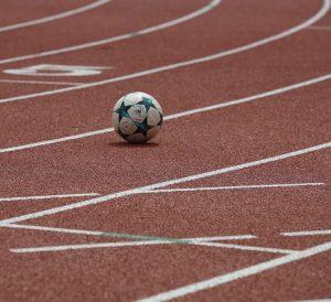 balón de fútbol 300x274 - balón de fútbol